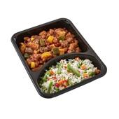 Culivers (12) chili con carne met een rijst-groenteschotel achterkant