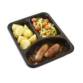 Culivers (49) varkenssaucijs in uienjus met groentemix en gekookte aardappelen achterkant