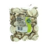 gesneden kastanje champignons voorkant