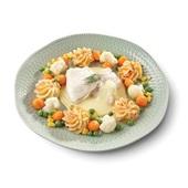 Culivers (76) Zacht gegaarde schol- en victoriabaarsfilet in botersaus, een groentemix van bloemkool, parijse wortel, tuinerwten en maïs, en aardappelpuree met zongedroogde tomaat zoutarm voorkant