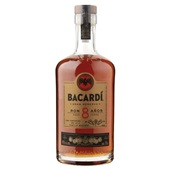 Bacardi 8 anos voorkant