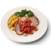 Culivers (41) varkensfricandeau in zoete uiencompote, broccoli en gebakken aardappeltjes  voorkant