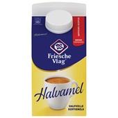 Friesche Vlag halvamel halfvolle koffiemelk voorkant
