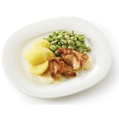 Culivers (24) Kalkoenbiefstukjes in dragonsaus, tuinbonen met ui en gekookte aardappelen  voorkant