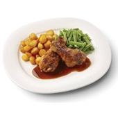Culivers (77) drumsticks in kippenjus, sperziebonen en gebakken aardappeltjes voorkant