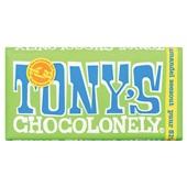 Tony's chocolonely chocoladereep puur amandel zeezout voorkant